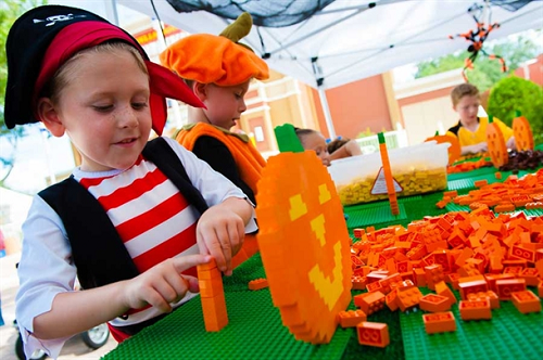brick-or-treat-at-legoland-in-florida-california-halloween-2014